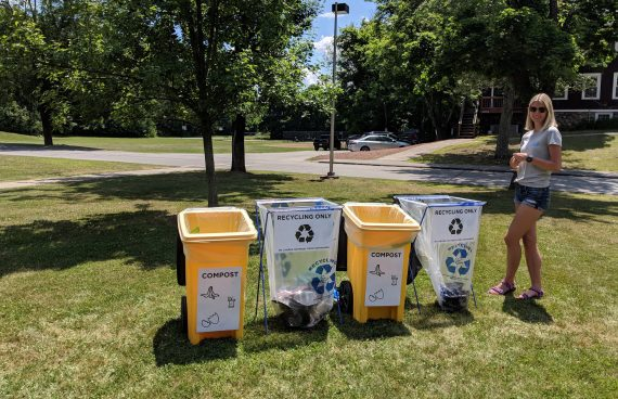An OOS Intern at a zero waste station at the Grafton President's Picnic 2018
